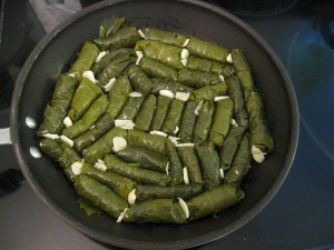 make sure your grape leaves are tightly packed, if you need to use a smaller pan, do so.